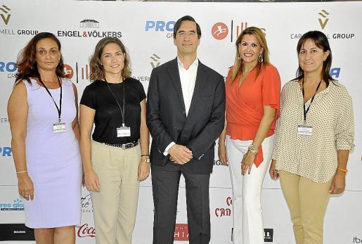 Christina Deutsch, Maria del Mar Pastor, Mario Alonso, Lucila Siquier y Nati Company.