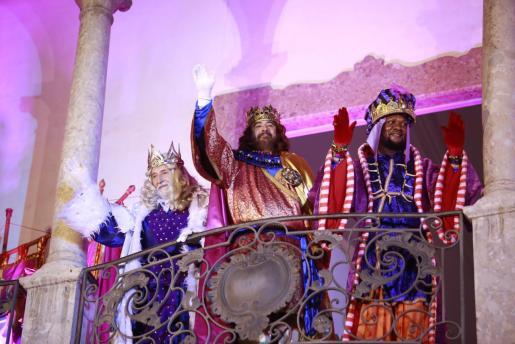 Los Reyes Magos, en la cabalgata de Palma.