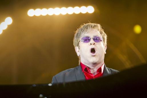 El cantante británico Elton John, durante un concierto.