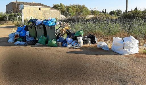 La policía ha detectado numerosos vertidos ilegales en zonas rurales.