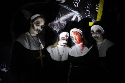 En Halloween son muchas las personas que deciden disfrazarse.