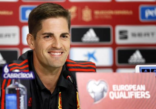 Robert Moreno, seleccionador española de fútbol, en una rueda de prensa.