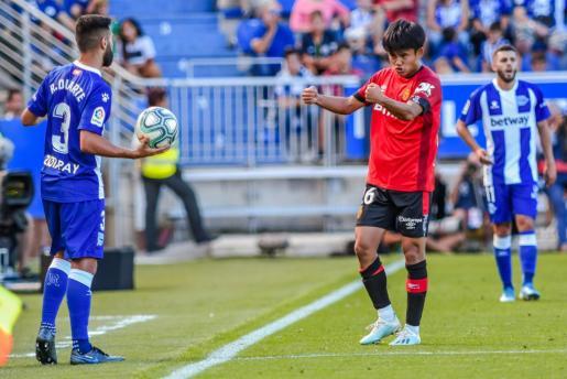 El japonés Takefusa Kubo durante el partido disputado por el Real Mallorca en Vitoria.