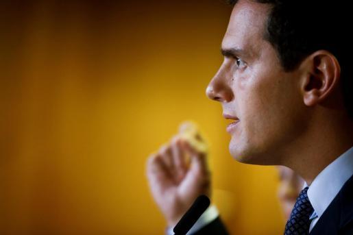 El presidente de Ciudadanos, Albert Rivera, durante unas declaraciones recientes.