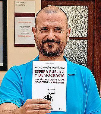 Pedro Macías, docente del CESAG.