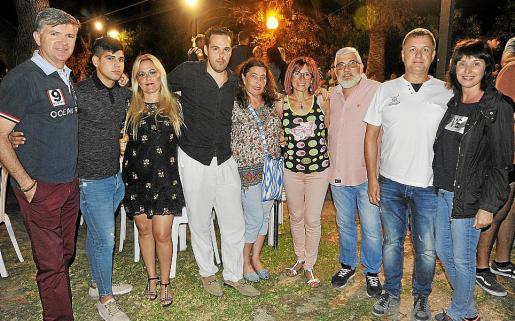 José Fernández, Moisés Mesas, Carmen Gómez, Elías Colom, Sisa Coll, Antònia Rodríguez, Joan Bennàssar, Alejandro Perdigón y Fran Moragues.