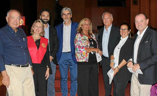 Miguel Massot, Bruna Negre, Miguel Ángel Coll, Josep Lluís Colom, Ana García, Martín Aleñar, Cristina Gómez y Rafa Gil March.