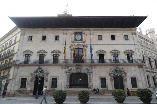 El alcalde de Palma es el que más cobra en Baleares.