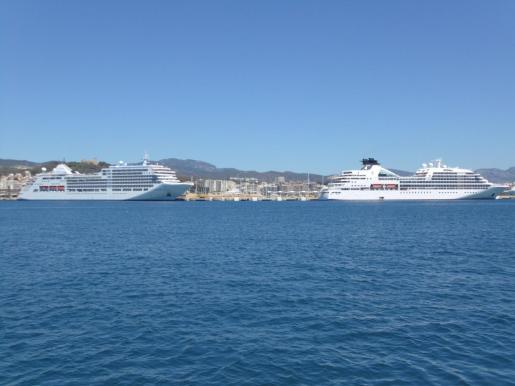 Cruceros de lujo en el puerto de Palma.