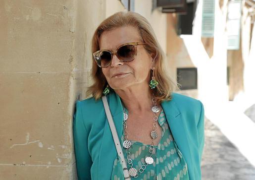 La reconocida escritora y académica de la RAE, Carme Riera, en una visita reciente a Ciutat.