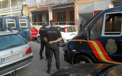 La Policía Nacional procedió a la detención del turista en el mismo hotel donde se alojaba.