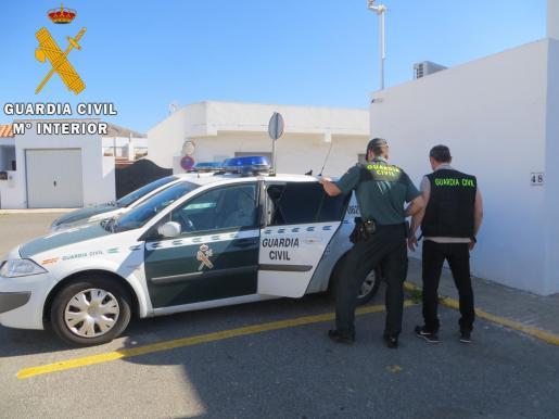 La Guardia Civil ha detenido a una persona por la muerte violenta del niño.