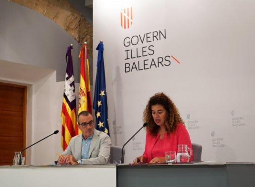 Pilar Costa y Juan Pedro Yllanes, durante la rueda de prensa posterior al Consell de Govern.