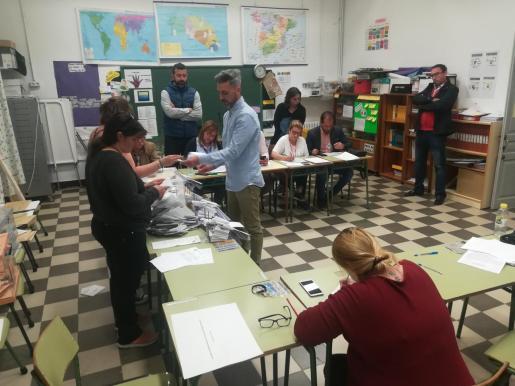 Los miembros de las mesas electorales cobran 65 euros en una jornada de elecciones.