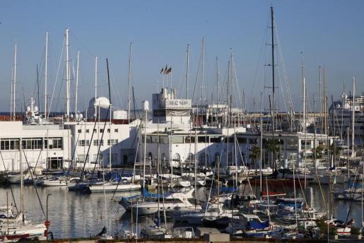 El Real Club Náutico de Palma cuenta con un total de 2.085 socios.