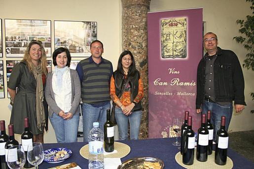Claudia Suárez, Montserrat Fiol, Pere Antoni Llabrés, Marisol Cárceles y Biel Alou.