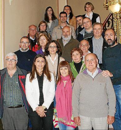 Miembros de la Federació de Cooperatives durante la visita.