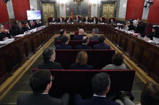 Los doce líderes independentistas acusados por el proceso soberanista catalán que derivó en la celebración del 1-O y la declaración unilateral de independencia de Cataluña.