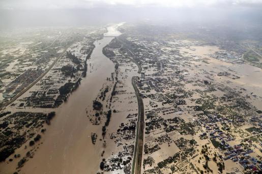 Imagen aérea de las inundaciones provocadas por el tifón en Japón.