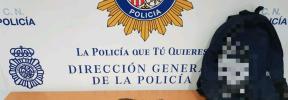 Detenido un menor de edad por llevar 12 envoltorios con marihuana en la mochila