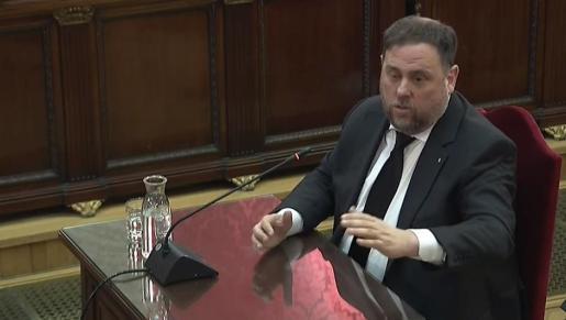 Imagen de archivo del interrogatorio a Oriol Junqueras en el juicio por el procés en el Tribunal Supremo.