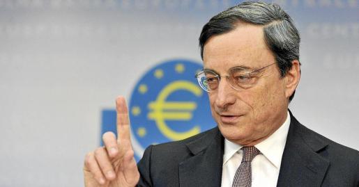 El presidente del Banco Central Europeo (BCE), Mario Draghi, durante la rueda de prensa de ayer ante los medios en Fráncfort.