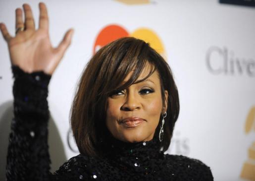 La fallecida Whitney Houston, en la gala Pre-Grammy celebrada en Beverly Hill, Californi, en febrero de 2011.