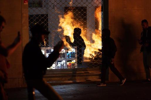 Imagen de disturbios en Barcelona.