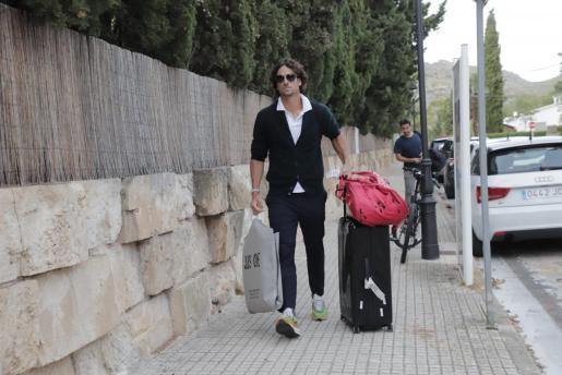 Feliciano López a su llegada al hotel.