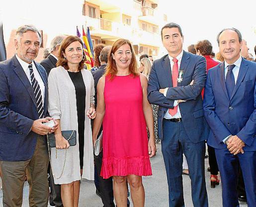 Miquel Serra, Paula Serra, Francina Armengol, Javier Jiménez y Salvador Perera.