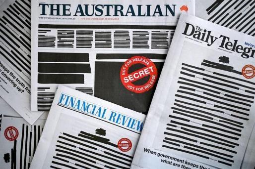 Portadas autocensuradas de algunos diarios australianos.