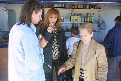 Margarita Seisdedos y Yurena, hace años, en una visita a Mallorca.