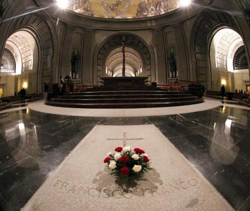 Imagen de la tumba de Francisco Franco en el Valle de los Caídos.