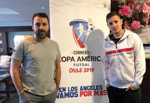 José Tirado y Nico Sarmiento, en su hotel de Los Ángeles (Chile).