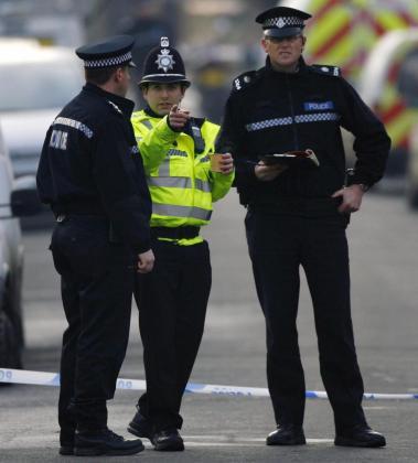 El conductor «permanece bajo custodia policial mientras continúan las investigaciones».