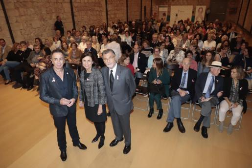 Nicolás Mendoza, Paula Serra y Javier Cortés.