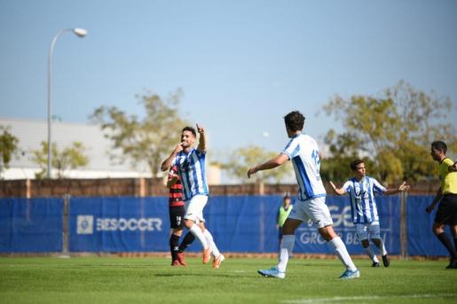 Los jugadores del ATB celebran un gol en casa ante el Inter de Madrid.