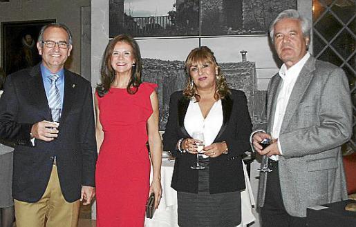 Juan Carlos Ramón, Tina Nadal, Rosa Sánchez y Ginés Martínez Pina.