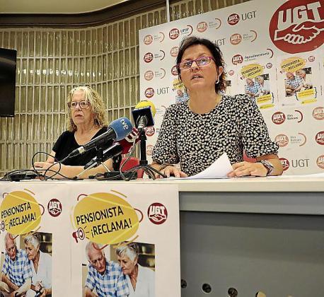 Mundita Busquets y Xisca Marí, en la sede de UGT.