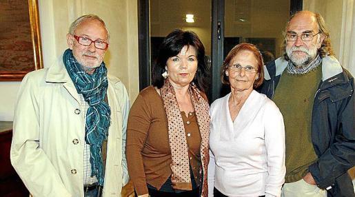 Llorenç Coll, Margalida Vidal, María Oliver y Josep Verd.