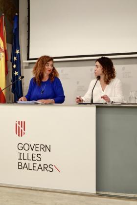 Pilar Costa y Rosario Sánchez han comparecido este jueves para presentar el presupuesto.