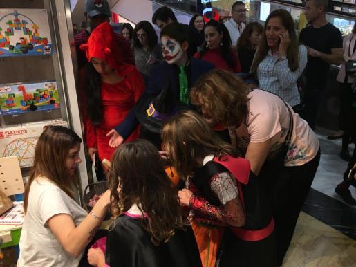El Centro Comercial Porto Pi celebra Halloween con numerosas actividades.