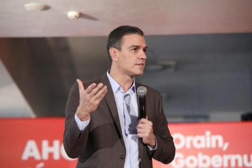 El líder del PSOE, Pedro Sánchez, en Vitoria.
