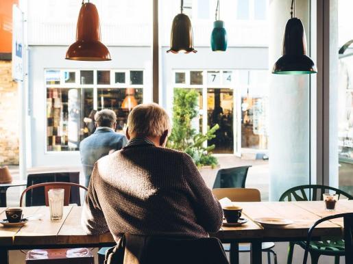Si bien la jubilación tiene importantes beneficios, pero también tiene costos considerables.