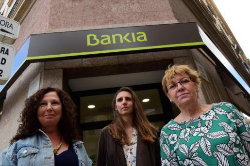 Beni Aguiló, Lucía Muñoz y Antònia Jover, candidatas de Unidas Podemos.