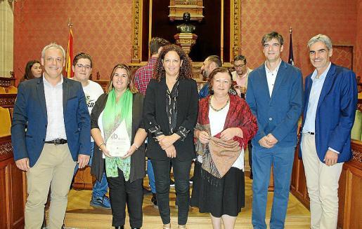 Jaume Alzamora, Albert Mena, María Tugores, Catalina Cladera, Mae de la Concha, Sebastià Solivellas y Pep Lluís Colom.