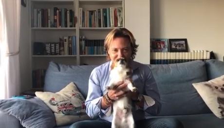 Jorge Campos con su perro Rayo.