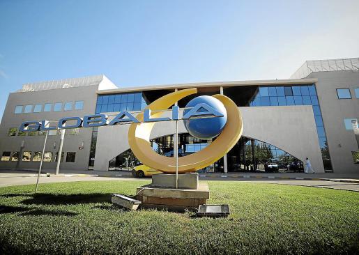 La sede de Air Europa se encuentra en el polígono de Son Noguera de Llucmajor, donde está la sede de la empresa matriz, Globalia, que además de la aerolínea cuenta con otras divisiones. Existe expectación sobre su futuro, sobre todo por las agencias de viajes.
