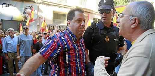 Font se encara con Soler el día de la manifestación.