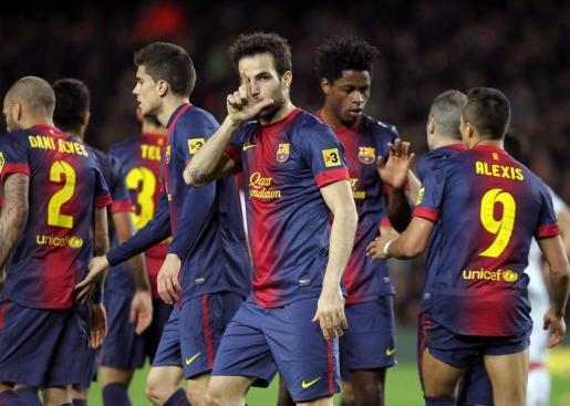 Cesc Fábregas celebra uno de los tres goles conseguidos en la contundente victoria del Barcelona 5-0 en la última visita del Real Mallorca al Camp Nou en Primera División en abril de 2013.